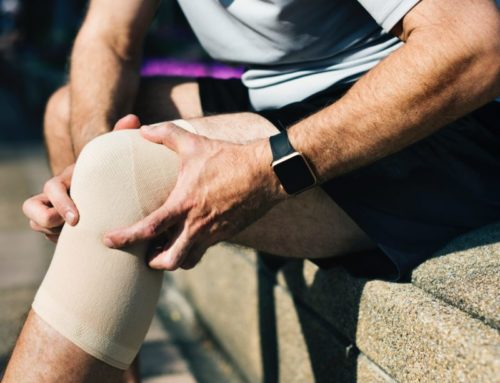 Three Bad Habits That Cause Knee Pain